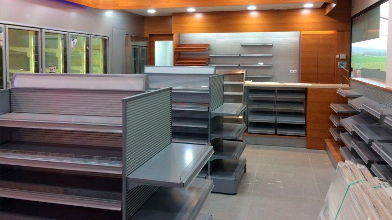 Foto Tiendas de conveniencia Detalle Mobiliario 768x431 - Convenience Stores